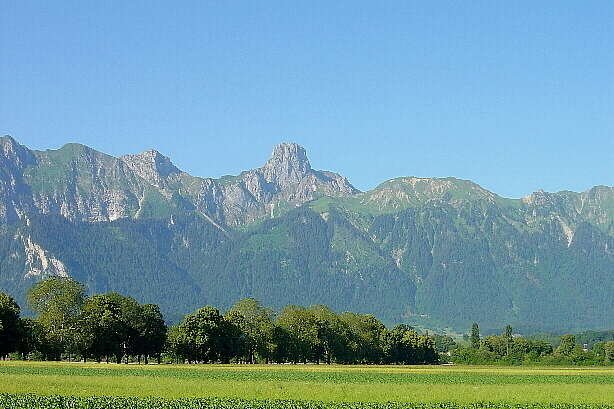 The Stockhorn (2190m) from Thun